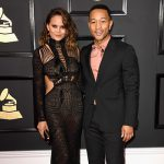 John Legend Chrissy Teigen 150x150 Grammy Awards 2017, tutti i look sul red carpet