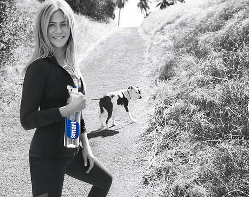 Jennifer Aniston 4 Jennifer Aniston testimonial per un' acqua minerale