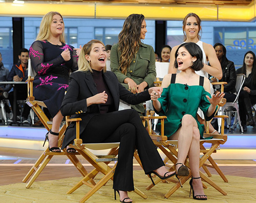 Pretty Little Liars 1 Il cast di Pretty Little Liars a Good Morning America