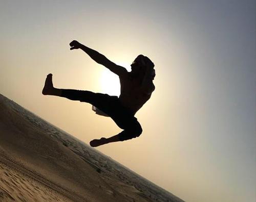 Zac Efron 2 Zac Efron tutto muscoli a Dubai