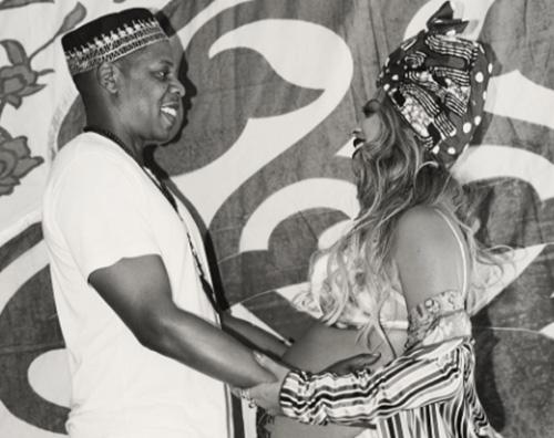 Beyonce 3 Il look di Beyonce per il baby shower dei gemmelli