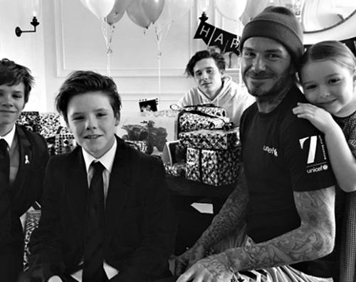 David Beckham David Beckham, compleanno in famiglia