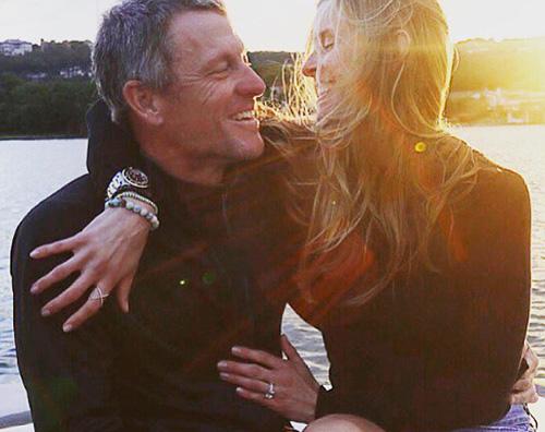 Lance Armstrong Lance Armstrong si è fidanzato
