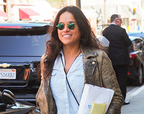 Michelle Rodriguez Michelle Rodriguez fa shopping a Los Angeles