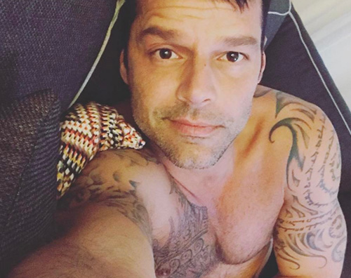 Ricky Martin Ricky Martin mostra i suoi tattoo su Instagram