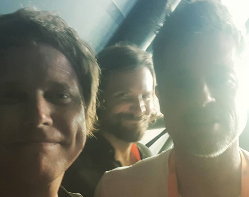 Bradley e Brad Brad Pitt e Bradley Cooper insieme al Glastonbury Festival