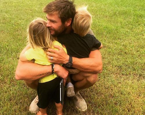 Chris Hemsworth 10 coppie di gemelli con genitori celebri