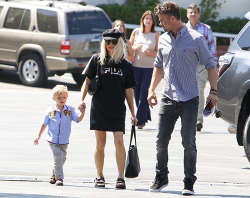 Fergie 1 Domenica in famiglia per Fergie e Josh
