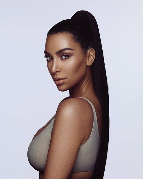 Kim Kardashian 1 Kim Kardashian, troppo scura per una campagna pubblicitaria