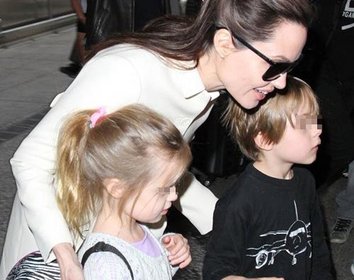Knox e Vivienne 10 coppie di gemelli con genitori celebri