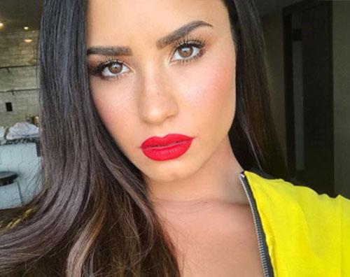 Demi Lovato Demi Lovato parla del disturbo bipolare e delle dipendenze su Rolling Stone