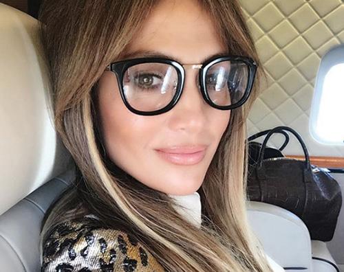Jennifer Lopez JLo è hot sul set di Hustlers
