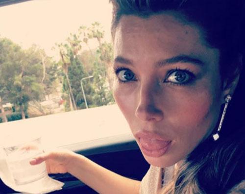 Jessica Biel 2 Jessica Biel, una linguaccia prima degli Emmy