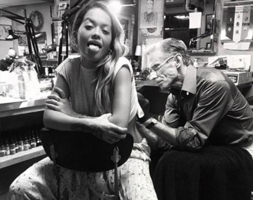 Rita Ora Nuovo tattoo per Rita Ora