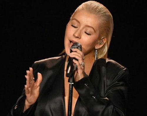 Christina Aguilera Christina Aguilera, ecco com'è cambiata in 18 anni
