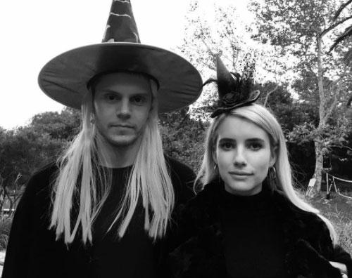 Emma Roberts Emma Roberts ed Evan Peters, foto di coppia su Instagram