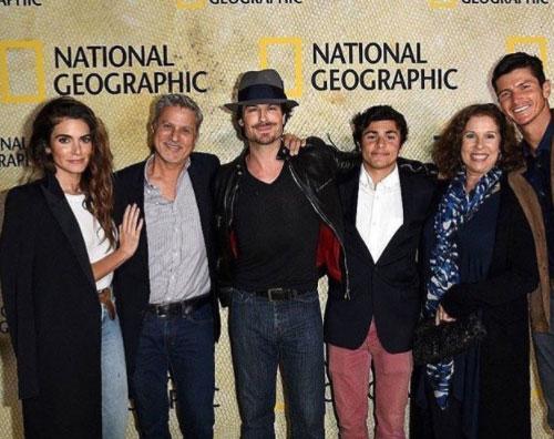 Nikki Reed Ian Somerhalder Nikki Reed e Ian Somerhalder, red carpet in famiglia