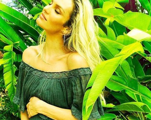 Candice Swanepoel Candice Swanepoel è diventata mamma bis