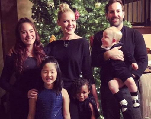 Katherine Heigl Katherine Heigl, foto di famiglia per le feste di Natale