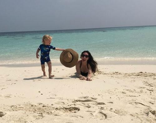 Liv Tyler 2 Liv Tyler è alle Maldive con la famiglia