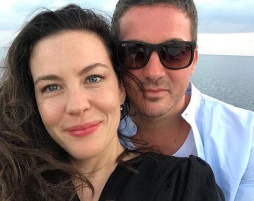 Liv Tyler Liv Tyler è alle Maldive con la famiglia