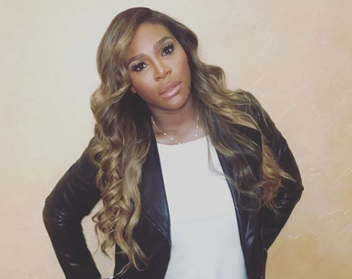 Serena Williams, in minigonna su Instagram
