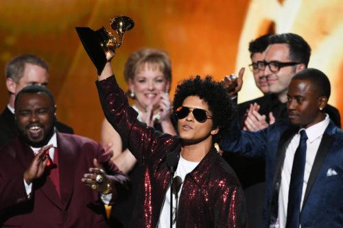 BrunoMars60thAnnualGRAMMYAwardsShowlM aDBYwjPFx 500x333 Grammy Awards 2018: la lista dei vincitori