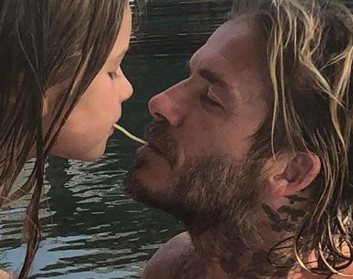"""David Beckham Victoria Beckham """"David è il papà migliore del mondo"""""""
