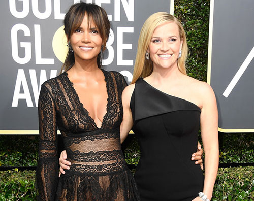Halle Berry cover Golden Globes 2018: il red carpet