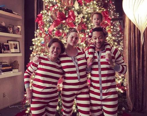 John Legend Il Natale non è ancora finito a casa di John Legend
