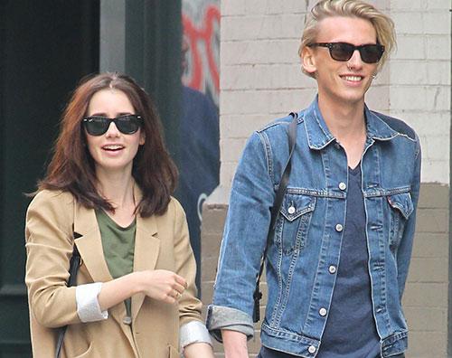 Lily Collins Jamie Campbell Lily Collins e Jamie Campell Bower sono di nuovo una coppia?