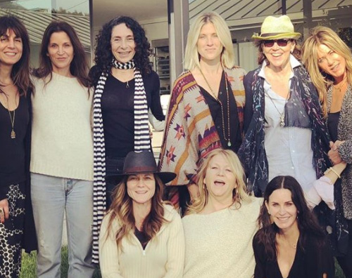 Jennifer Aniston Jennifer Aniston, compleanno con le amiche