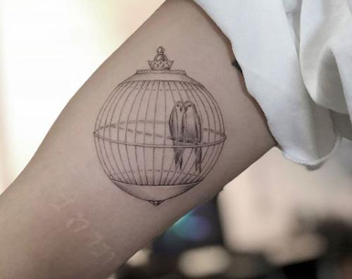 Rita Ora 2 Rita Ora ha un nuovo tatuaggio