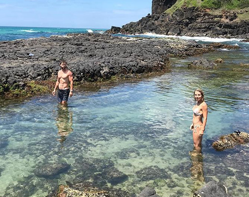 Chris Hemsworth Elsa Pataky Chris Hemsworth ed Elsa Pataky, fisici al top al mare