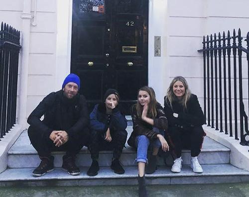 Gwyneth Chris Gwyneth e Chris insieme ai figli su Instagram