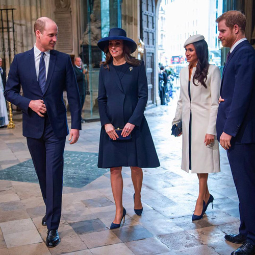 Kate e Meghan Kate e Meghan, scarpe identiche per il Commonwealth Day