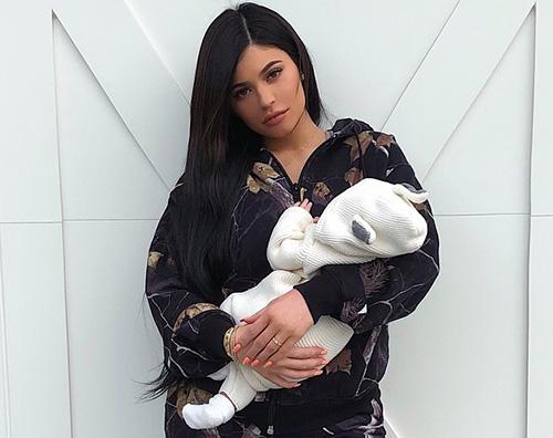 Kylie Jenner Kylie Jenner mostra la sua Stormi su Snapchat