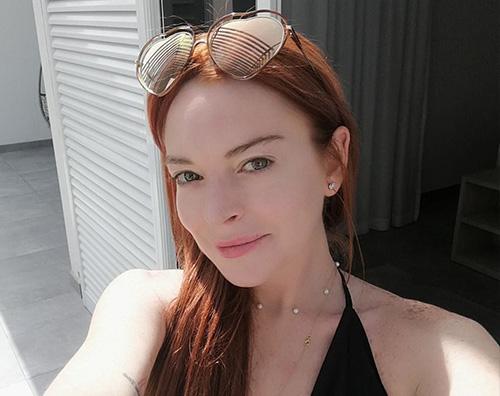 Lindsay Lohan Lindsay Lohan torna su Instagram con un selfie