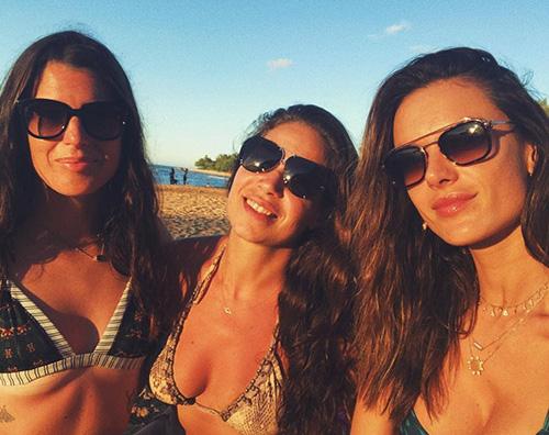 Alessandra Ambrosio 2 Alessandra Ambrosio dopo la rottura con Jamie si consola con le amiche