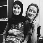 Amber Heard 4 150x150 Amber Heard in Siria con SAMS
