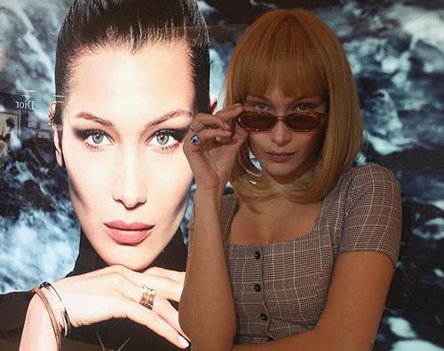 Bella Hadid Bella Hadid è bionda a Tokyo