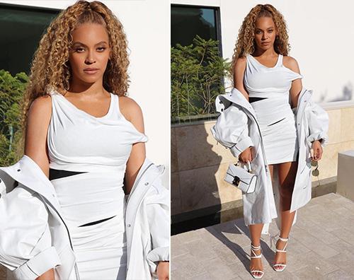 Beyonce 2 Beyonce sexy per una partita di basket