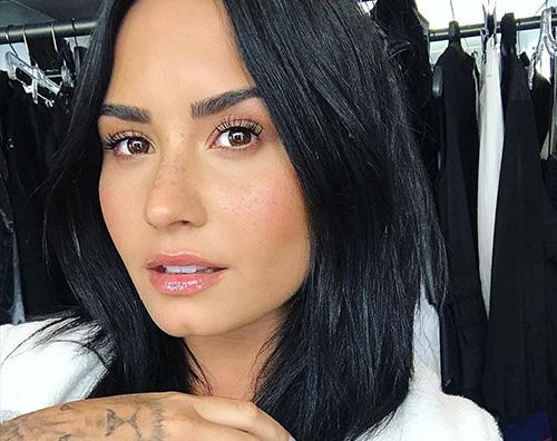 Demi 1 Demi Lovato acqua e sapone su Instagram