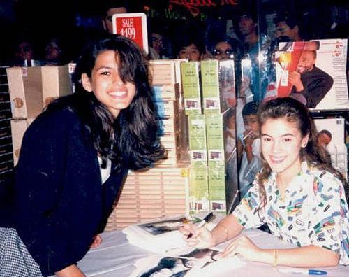 Eva Mendes Alyssa Milano Eva Mendes a 15 anni era fan di Alyssa Milano