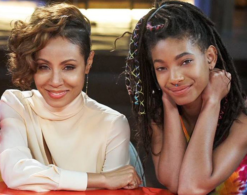 Jada Pinkett e Willow Smith Willow Smith: Sono stata autolesionista