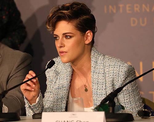 Kristen Stewart 2 Kristen Stewart, una giurata in Chanel a Cannes