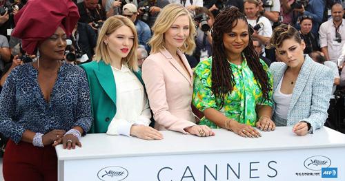 Kristen Stewart Kristen Stewart, una giurata in Chanel a Cannes