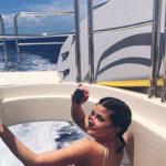Kylie 4 150x150 Kylie Jenner ai Caraibi con la sua famiglia