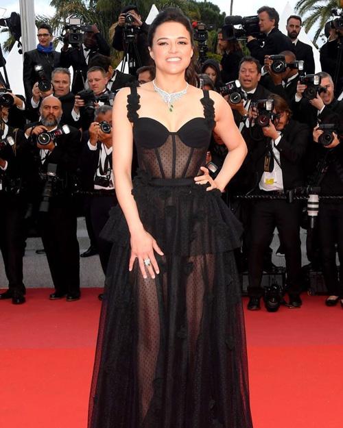Michelle Rodriguez Cannes 2018: è arrivata anche Michelle Rodriguez