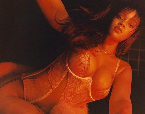 Rihanna 2 Rihanna lancia una linea di lingerie